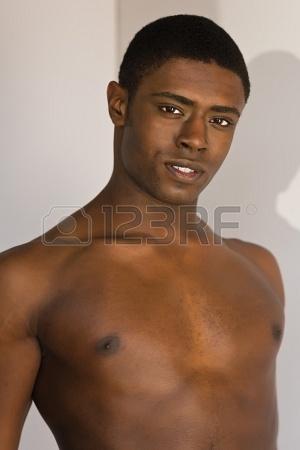 Portrait d'un jeune homme noir (Crédit image: www.123rf.com)