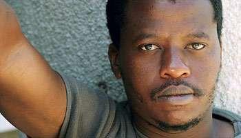 Jeune homme africain