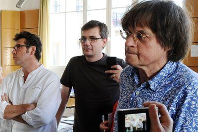 RIP. Charlie Hebdo ne mourra pas.